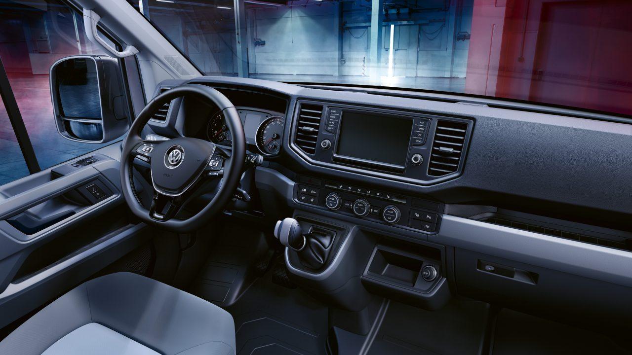 2017 Vw Gli >> Volkswagen Crafter, rinnovato nel look e nella tecnologia