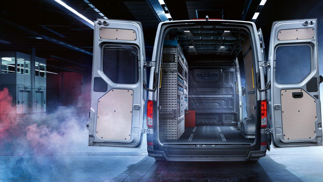 Volkswagen-Crafter_vano-carico